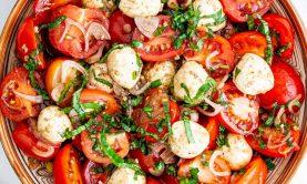 طرز تهیه سالاد گوجه فرنگی کباب شده در فر