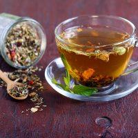 دمنوشها و گیاهان دارویی