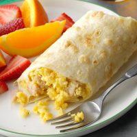 رولت تخم مرغ یک صبحانه شیک و متفاوت